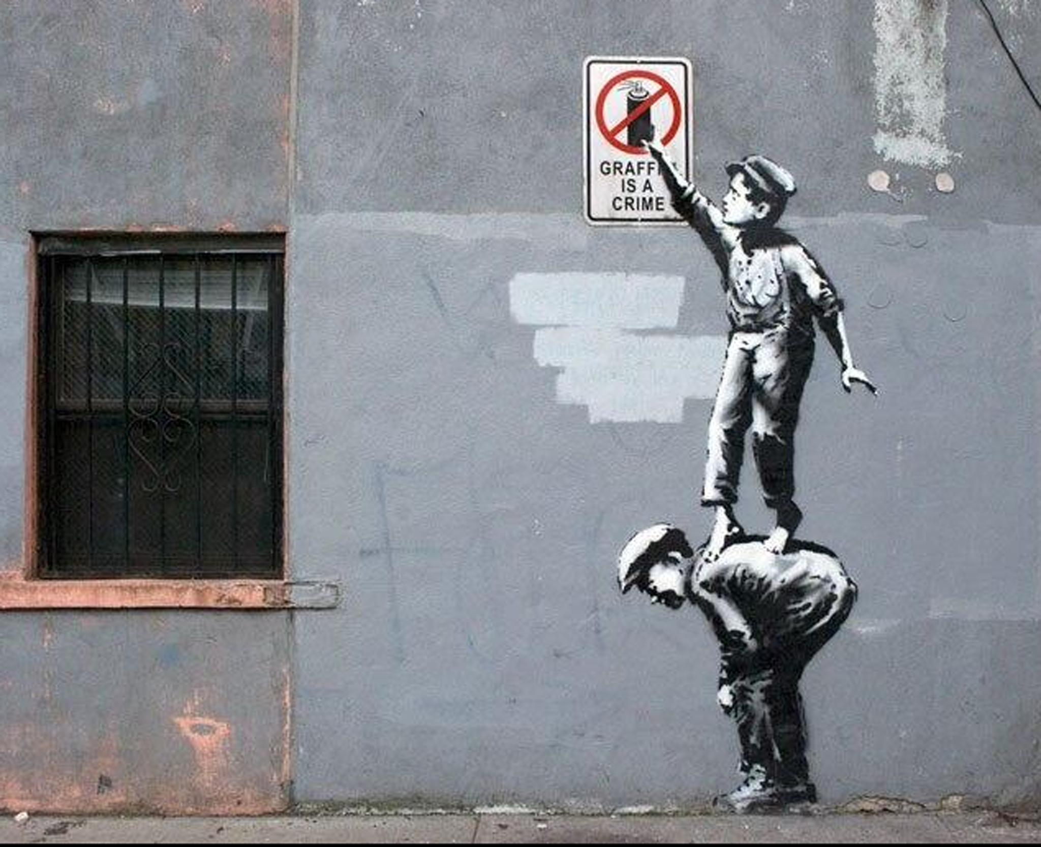 Latest Banksy Graffiti New Banksy Art In New York Painted Over After One Day | The